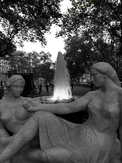 Source Fountain Blackandwhite Photography Black & White Black And White Eye4black&white  Blackandwhite Bw_collection Streetphoto_bw Sculpture Barcelona Streetphotography Iphonephotography IPhoneography Iphoneonly From My Point Of View TheWeekOnEyeEM EyeEm Gallery Eyeem Photo Light