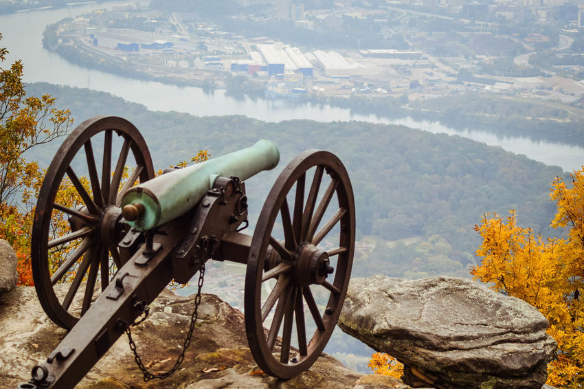 Some of the pretties photos I have from fall I took in chattanooga Tn. This series is from Look Out Mountain where the battle of Chattanooga was fought in 1863. This is a real cannon that was fired back then, and it overlooks what is now the city of Chattanooga. Beauty In Nature Day Land Vehicle Landscape Mode Of Transport Mountain Nature No People Non-urban Scene Outdoors Parked Parking Scenics Sky Stationary Tire Tranquil Scene Tranquility Transportation Wheel