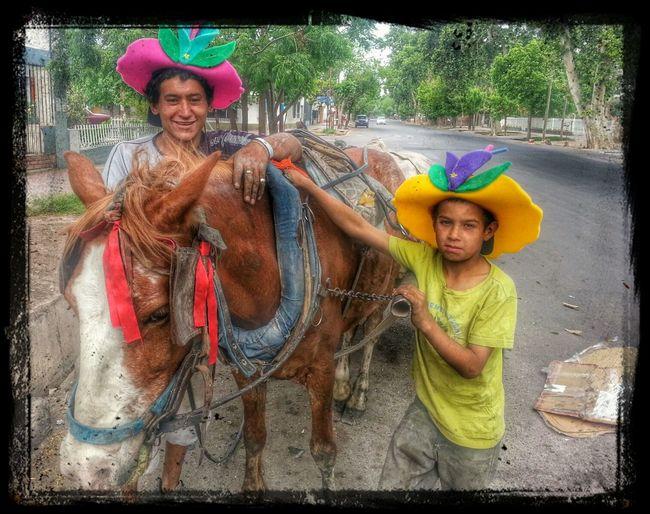 Al trabajo con alegría Popckorn Streetphotography Mendoza Samsung Galaxy S3