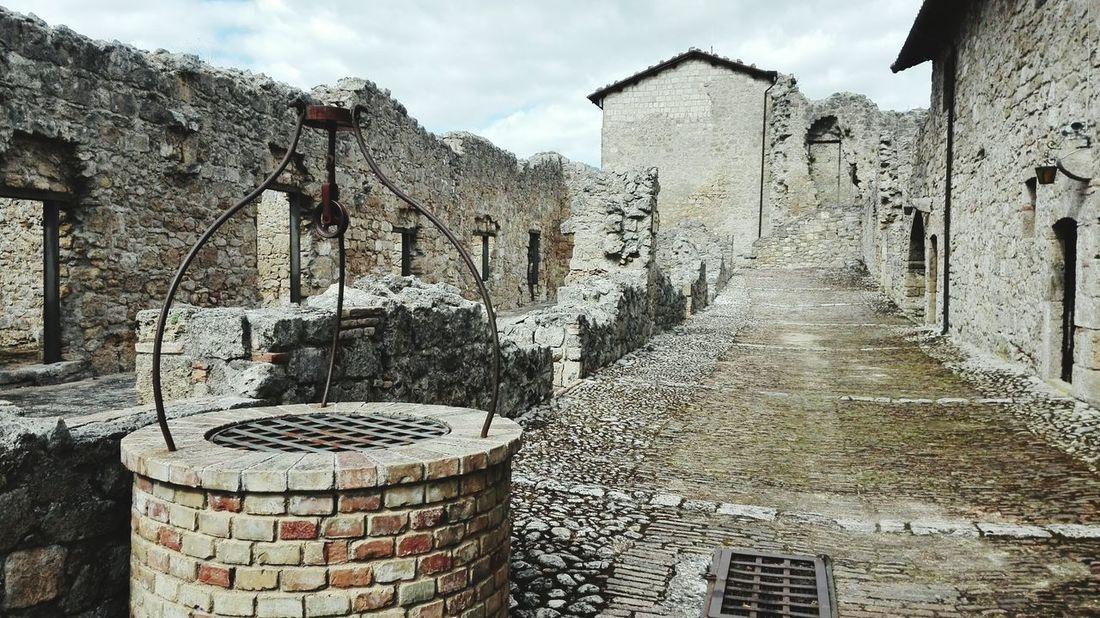Civitella del Tronto Sky Architecture Built Structure