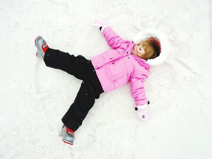 Makinganangel Playtime Girl Snow Happy Time Wintertime EyeEm My Winter Favorites