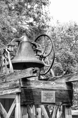 Old bell No People Day Outdoors Close-up Architecture Antique Blackandwhite Photography South Louisiana Aged Beauty Aged Metal Antiques Wooden House Built Structure Architecture Black & White Photography Vintage Moments