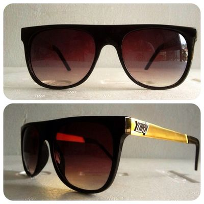 Starship Flattop, 140K disc 15% for online order. 08990125182 / 237EDE37 . Grabfast! Throne39 Sunglasses