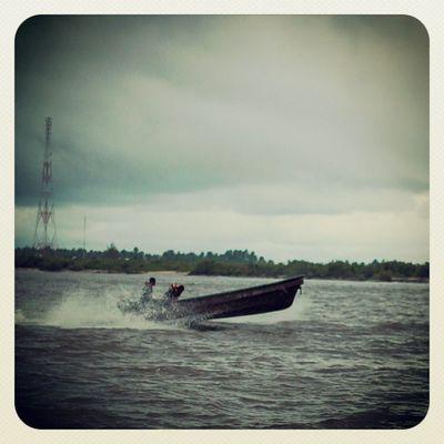Nothing stops Naija . Nigeria Nigerians Boat lagos lagosnigeria africa westafrica snapitoga