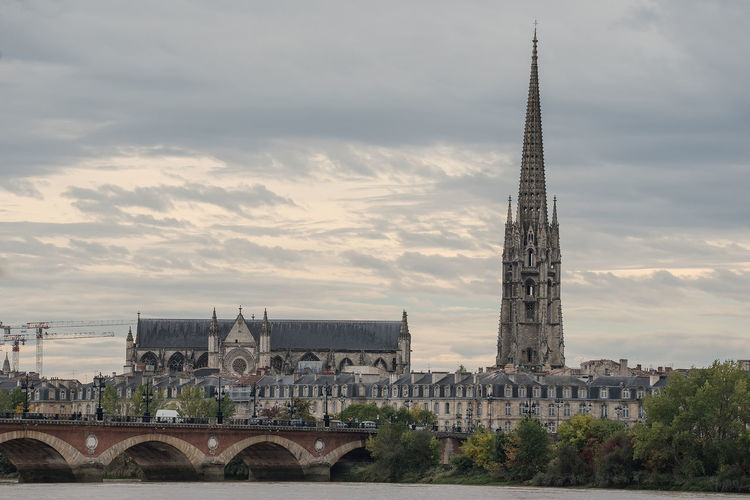 Basilique Saint-Michel Architecture Bordeaux Bordeaux, France Bridge - Man Made Structure Built Structure Business Finance And Industry City Cityscape Cultures Day Fame France French History Outdoors People Sky Skyscraper Sunset Tourism Tower Travel Travel Destinations Tree Urban Skyline