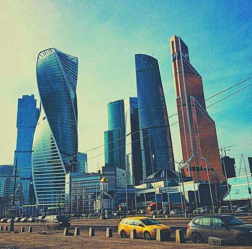 Весна😋😎🙌☝🐾☀🌷🏢🏦🗼🚕 Skyscraper Architecture City Urban Skyline Modern City Life Business Day Весна💐🌷🌿 временагода Moscow City Imperiatower Moscow Sunny Day Beautifulweather Walk Centre First Eyeem Photo