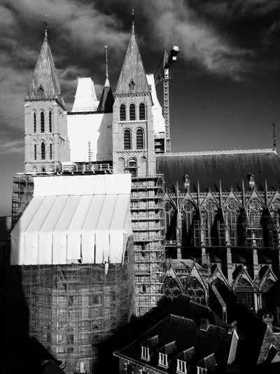 Taking Photos Belgium♡ EyeEm Best Shots Iphonephotography Cold Days Cathedral Tournai