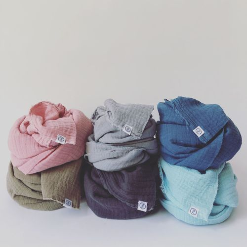 colors Color Bunt Anthrazit Hellgrau Blau Schlamm Hellblau Rosa Mienberlin Mien Musselin Indoors  Clothing Studio Shot Casual Clothing Knit Hat White Background Childhood Textile Warm Clothing