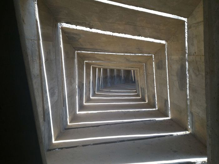 Be'er Sheva Monument Israel Square Cement Light Cave Soldiers Architecture