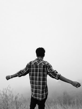 Hill Hills And Valleys Hilltop Fog Potrait Freedom Human Hand Beauty In Nature Love The Nature Natural Beauty Standing City Rear View Men Human Arm Arms Outstretched Sky