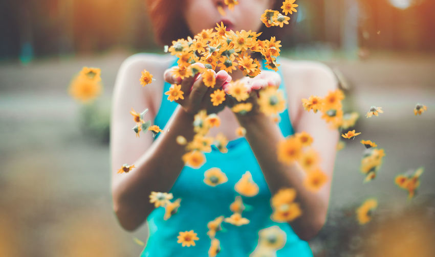 Give happiness to those around you. BE HAPPY 😊 Close-up Day Flower Focus On Foreground Food Food And Drink Freshness Holding Indulgence Lifestyles Midsection Nature One Person Outdoors Plant Real People Selective Focus Sweet Sweet Food Teenager Temptation Women