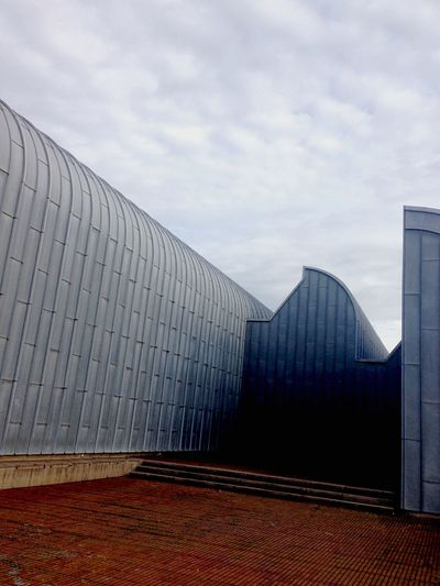 On the roof - Architecture Built Structure Building Exterior Modern Sky Cloud - Sky No People Outdoors Day Museum Modern Architecture