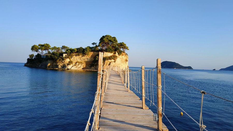 Cameo Island,