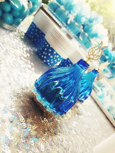 Henna Night Henna Night  Fun Hazırlık Work Eğlence Blue Glass Objects  Parıltı