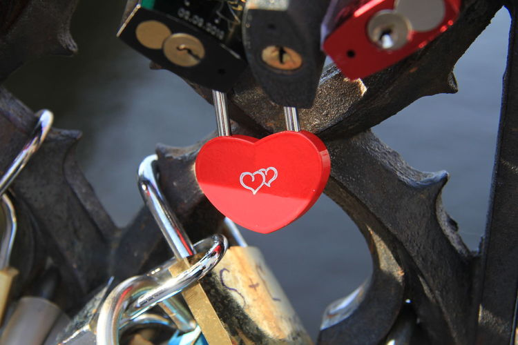 Heart Shape Love Red Positive Emotion Emotion Padlock Lock Close-up Hanging Safety Focus On Foreground Metal No People Security Protection Outdoors Love Lock Valentine's Day - Holiday Valentine Valentine's Day  Valentinesday Valentines Day Bicycle Transportation Heart