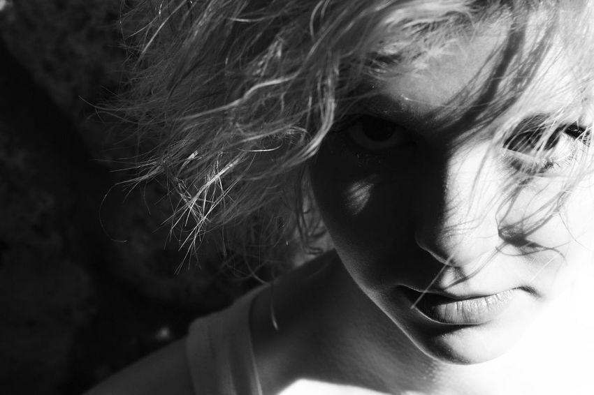 фотосессия в Москве фотограф Евгений Вольфсон Ewolfson.ru 89295771709 Фотосессия девушка портрет Чб чёрно-белоефото