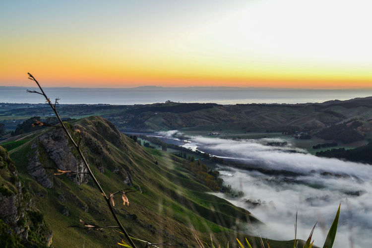 Sunrise And Clouds Misty Morning Misty River From Above  Craggy Rocks Nature_perfection What I Value Love The Morning Air Wallpaper Dramatic Landscape