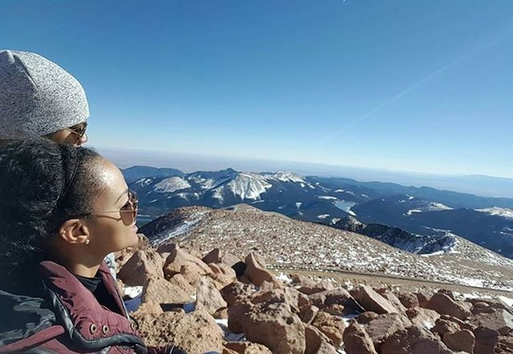 It's not lonely at the top when you have someone to climb with you. Happy 2nd Anniversary, my love! @thegreattonge Onthemountaintop Topofpikespeak 2yearanniversary Meettheparents Coloradoadventures Ialmostpassedout Adventuresoftitsxbruh Soultravel Blackgirlstravel Travelisthenewclub Blacklove Blacktravelers