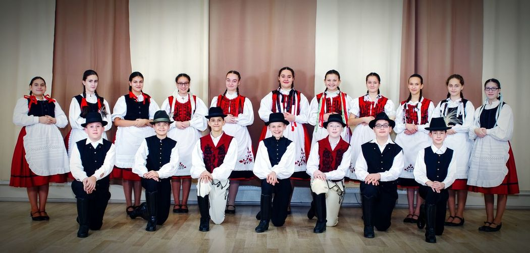Folklore FolkDanceOfHungary FOLkdance Hungarianfolkdancegroup Hungary Szekely Viselet Folk Group