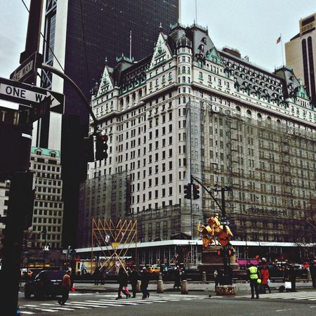 An NYC staple. Hello World Architecture Streetphotography Leonie Filter