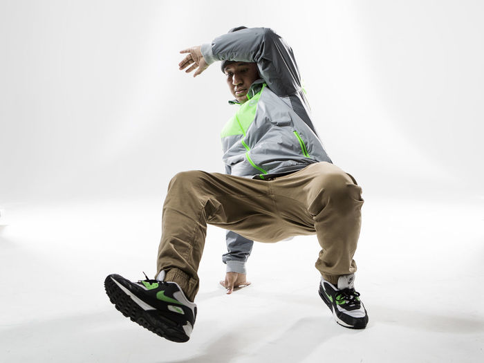 Adult Breakdance Breakdancer Breakdancing Day Full Length Hip Hop Motion One Person Outdoors People Sport Young Adult