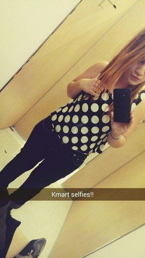 Shopping Selfie That's Me Hello World