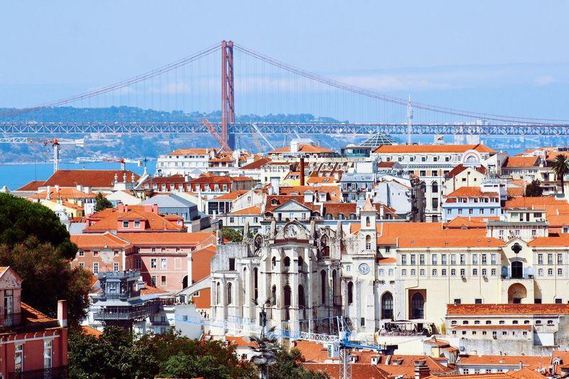 Point of view of Lisboa 🍃🍃 Built Structure Tourism Architecture Building Exterior City Travel Destinations Outdoors Sky Day No People Cityscape Lisboa Lisbonlovers Lisbon Landscape First Eyeem Photo