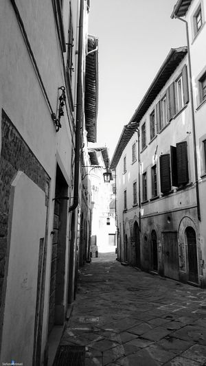City Sky Outdoors Italy 🇮🇹 EyeEm Ready   The Week On EyeEm Black & White Arezzo Arezzox City Street Xzpremium Xperia Al Now!