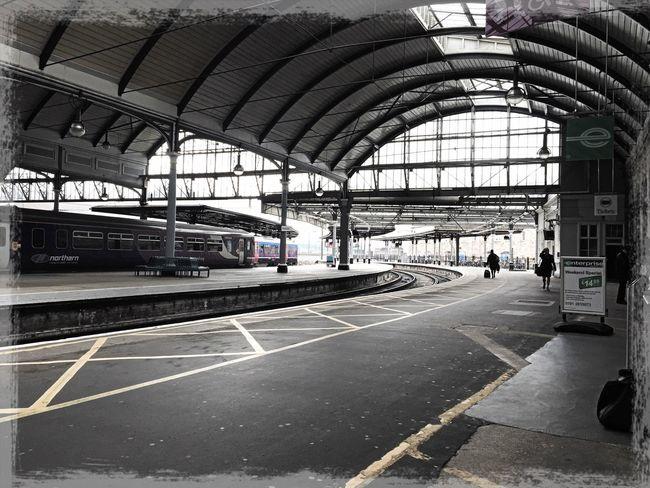 Newcastle Newcastle Upon Tyne Train Train Station Toon Railway Rail Railway Station