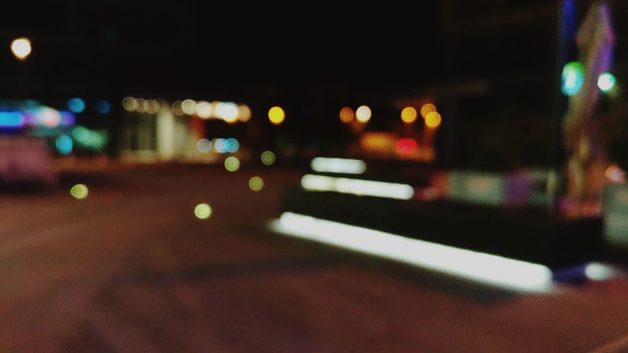 illuminated, night, transportation, defocused, car, street, mode of transport, land vehicle, city, road, no people, architecture, built structure, building exterior, outdoors, close-up