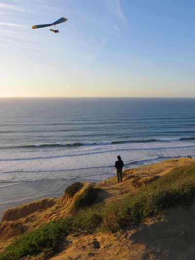 Sea Horizon Over Water Beach Real People Water Nature Beauty In Nature Sky Leisure Activity Rear View One Person Full Length Scenics Flying Men Vacations Tranquil Scene Outdoors Sunset Lifestyles La Jolla Hang Gliding California Dreamin Go Higher
