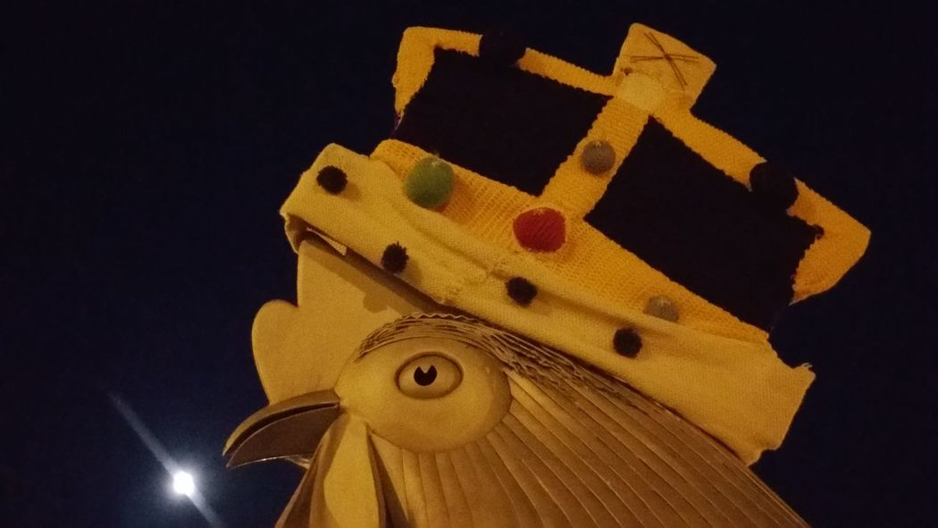 No Filters Or Effects Moon Before Dawn Roundabout Art Chicken Crown 4am