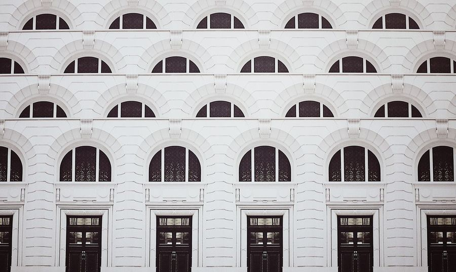 Ihaveathingforwindows Ihaveathingforwalls No People Full Frame Building Exterior Architecture Built Structure In A Row Backgrounds Window Arch White Color Side By Side Design Building Pattern Entrance