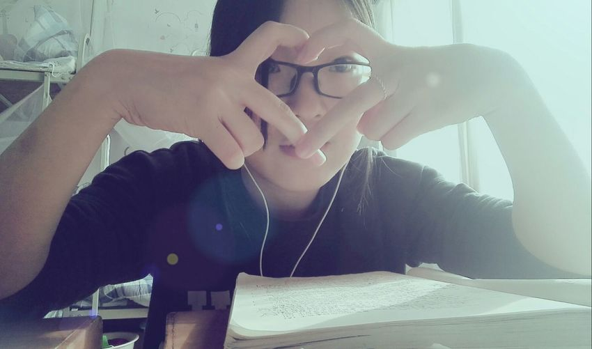The winter holiday begins tomorrow. Go for a trip to Beijing! Hope to get a good grade in tomorrow's exam. That's Me Heart Hello World Enjoying Life