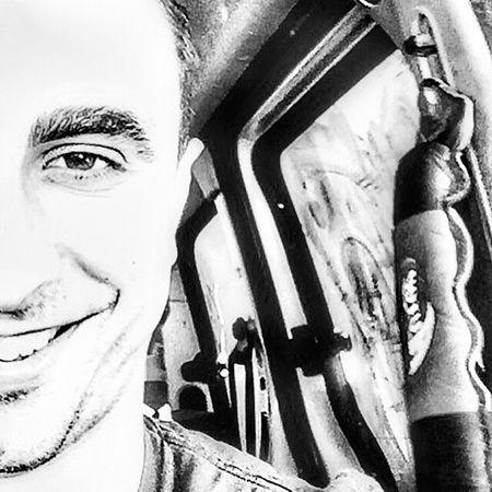Taking Photos Enjoying Life Smiling Palestine❤ That's Me Cheese! Black & White Blackandwhite Working Selfie ✌