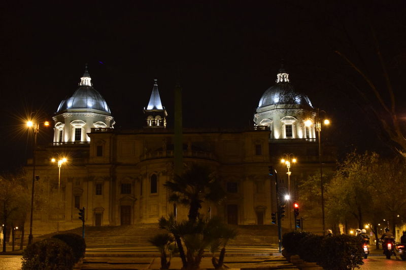 Building Lights Buildings Built Structure Roma Roma By Night