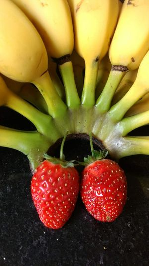 Strawberry banana Eyeem Market Yellow Fruit Bananas Fruit Red Healthy Lifestyle Yellow Close-up Food And Drink Strawberry Banana Fruit Salad Cultivated