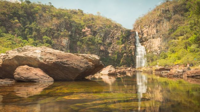 Beautiful waterfall reflex in Chapada dos Veadeiros, Brazil. Nature Rock Waterfall Scenics Water River Outdoors Landscape Travel Chapada Brazil South America Adventure Backpacking Explore Daylight Peaceful National Park Beauty In Nature Cliff Trees Camping Tranquil Scene Wallpaper