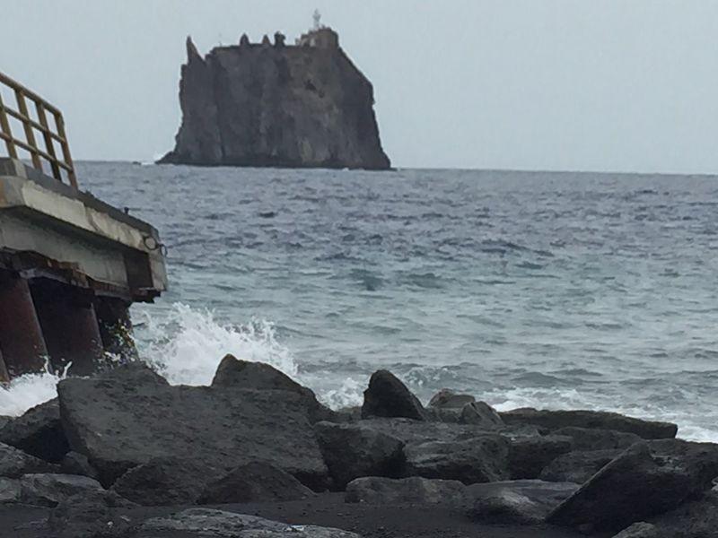 Strombolicchio Stromboli Aeolian Islands Blackbeach Surveyor FreeTime