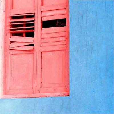 Dedicated to three amazing instagramer's Amazing hashtags @nosugainmycoffee's Blueinmyframe @monisha_camlenss's RedInMyFrame @divsigupta's Thewindowstory Instagram_ahmedabad _soi Ig_Delhi Ig_india Indiaclicks Ips