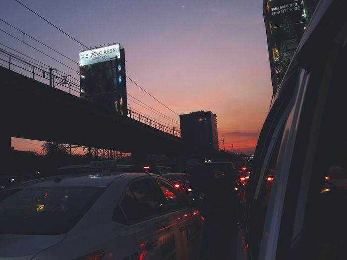 The sunset is eating the blinkers away.. City Transportation Cellphone Photography Visualsoflife Photographylovers EyeEm Gallery Taking Photos EyeEm EyeemPhilippines City Life City Street The Traveler - 2018 EyeEm Awards The Street Photographer - 2018 EyeEm Awards