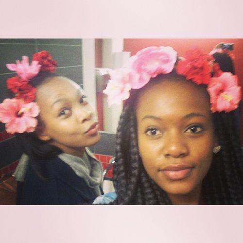 Monkey Zu and I Bathroomselfies Flowers Beautiful