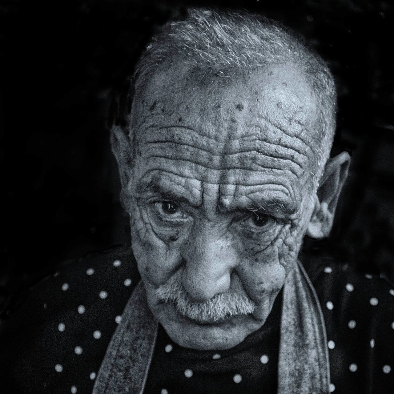 senior adult, senior men, one senior man only, portrait, looking at camera, wrinkled, one person, headshot, real people, close-up, one man only, outdoors, day, only men, adult, adults only, people