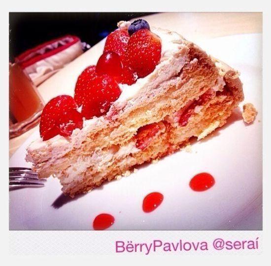 Cakes Pavlova