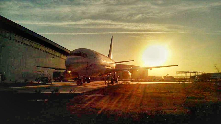 Air Vehicle Mode Of Transport Sky Sun Sunset AircraftMaintenance Aircraft Photography Aircraftmechanic Avionics