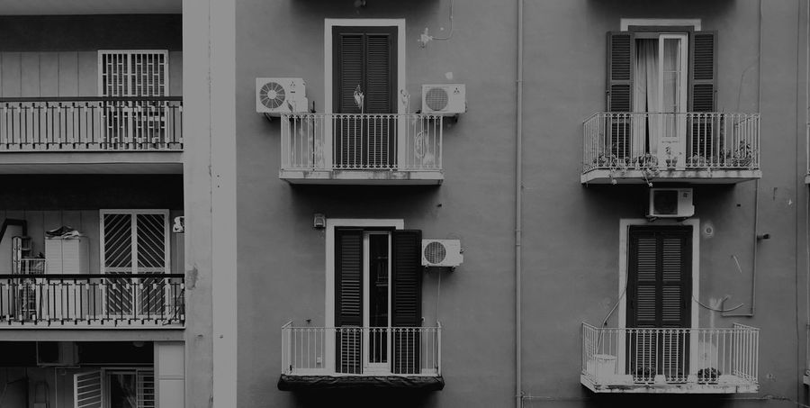 balconies Balcony Balcony View Window Windows Window View Balconies Balcony Shot Black White Black And White Architecture Black & White B&w Blackandwhite Nofocus  No Focus Up Solid Built Structure Building Exterior Light Light And Shadow Shadows & Lights Shadow Darkness Dark darkness and light Outdoor Photography Outside Architecture Building Exterior Built Structure No People Day Prison Outdoors Security Bar Golf Club Colour Your Horizn EyeEmNewHere