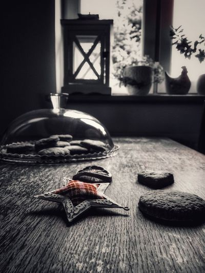 Blackandwhite Photography EyeEm Gallery Black & White Home Interior No People Red Color Homemade Livestock Live Style Seethome Be. Ready.
