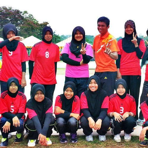 Alhamdulialah under 15 menang..Memang Sengitt .. Volleyball <3