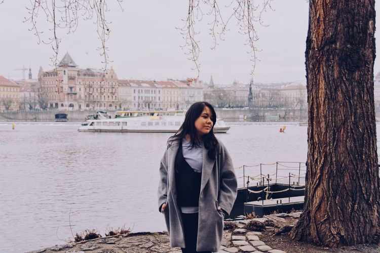 Czech is N°26 on my visited countries list. My goal this year is to make 30 at 30's. Wandering Architecture Casual Clothing Clothing Leisure Activity Lifestyles Nature One Person Real People Standing Warm Clothing Water Winter Young Adult Young Women The Portraitist - 2018 EyeEm Awards