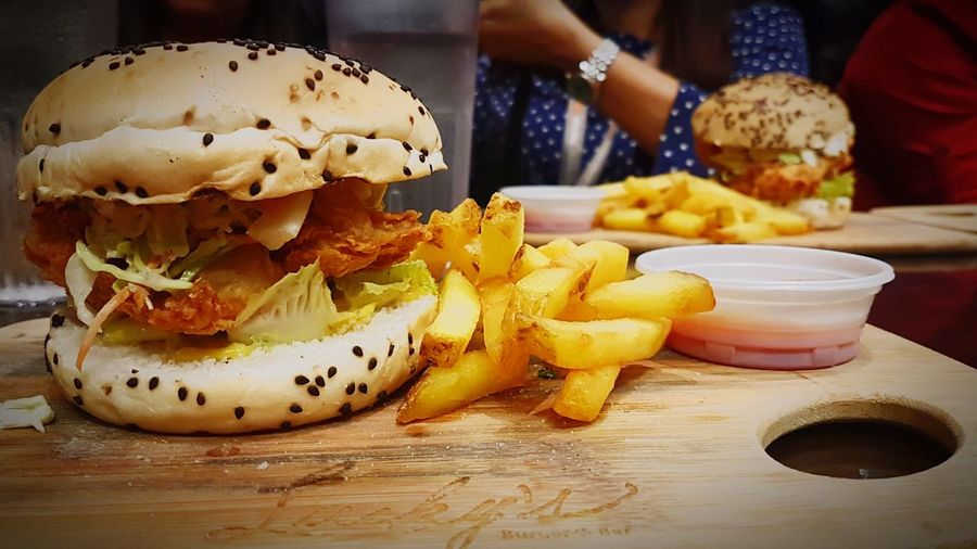 Burgermeal Sumptuous Meal Forme Temptation Chickensandwich Hearty Food Worth It  Cheatmeal